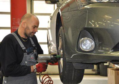 Bekes Norbert a kaposvári Toyota szerviz szakértő gárdáját erősíti