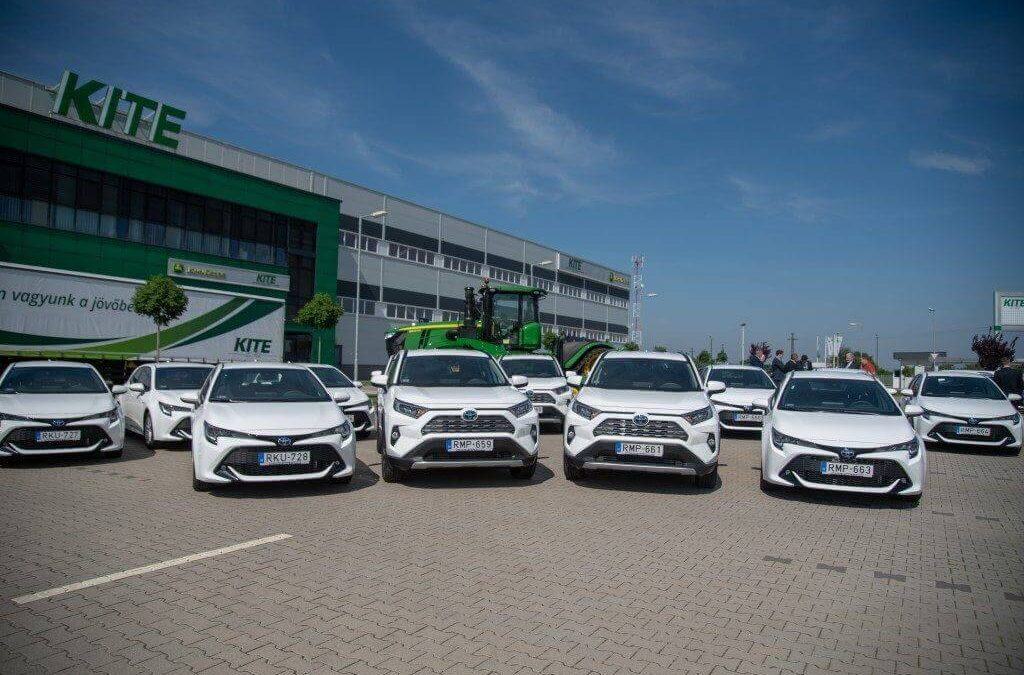 Toyota hibrid flottára vált a Kite Zrt.
