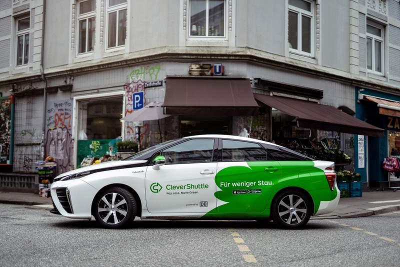 Kétmillió kilométer a hidrogéncellás Toyota Miraival