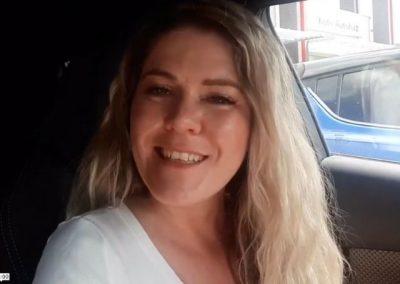 Kőmíves Laura